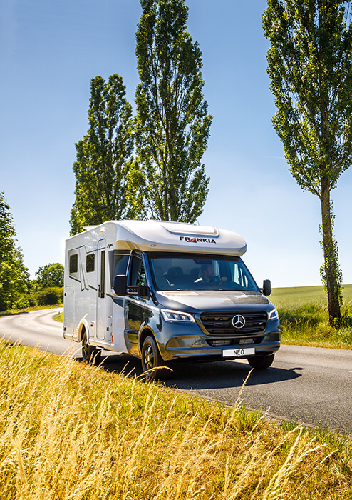 FRANKIA – M-Line NEO camping-cars