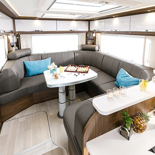 An experience like no other: More space, more light, more living comfort in the FRANKIA Coachbuilt
